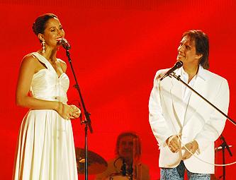 Camila Pitanga e Roberto Carlos